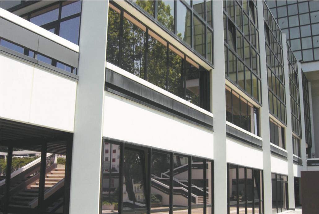 Protección solar edificios